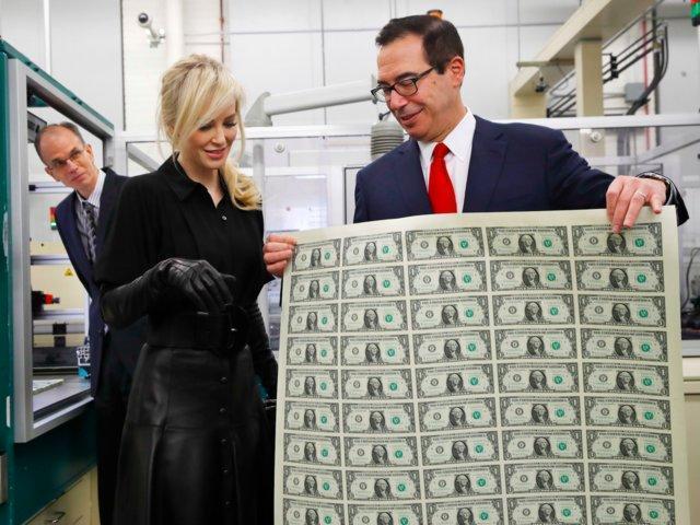 یاد گرفته ام درباره دلار با احتیاط حرف بزنم!