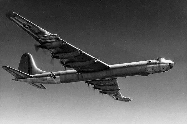 کانویر B-36؛ بزرگترین پرنده نظامی کلاسیک با 39 تن بمب! (