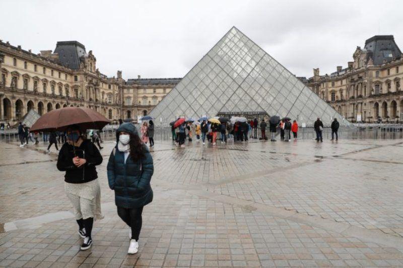 خبرنگاران نژادپرستی در اروپا به بهانه کرونا؛ اخاذی از دانشجویان چینی در فرانسه