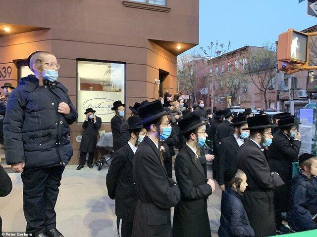 شهردار نیویورک به بازداشت یهودیان ناقض قوانین کرونا تهدید شد