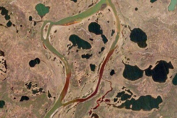 آلودگی نشت نفتی به دریاچه ای در شمال روسیه رسید
