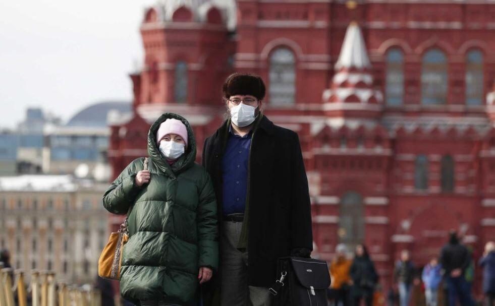 خبرنگاران روسیه از آزمایش پیروز واکسن کرونا بر انسان اطلاع داد