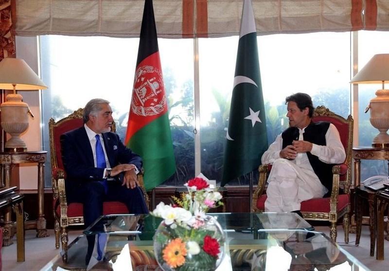 عمران خان: از کاهش خشونت و آتش بس در افغانستان حمایت می کنیم