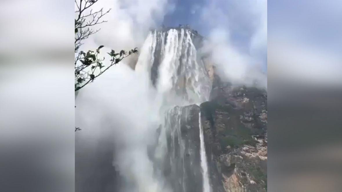 آنجل؛ بلندترین آبشار دنیا