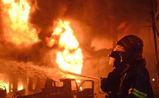 آتش سوزی در منطقه ریازان روسیه در نزدیکی انبار مهمات