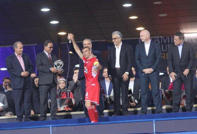 وزیر ورزش بالاخره برای تماشای بازی پرسپولیس به قطر می&zwnjرود؟